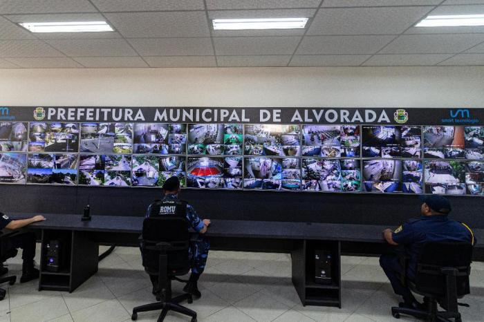 Alvorada inaugura central de videomonitoramento para combater crimes