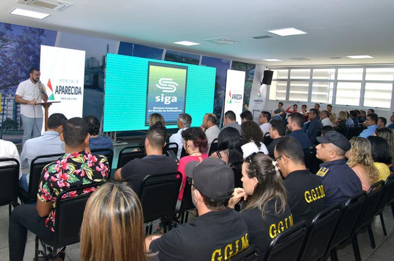 Prefeitura de Aparecida de Goiânia prevê economia de 30% com aplicativo para carros oficiais