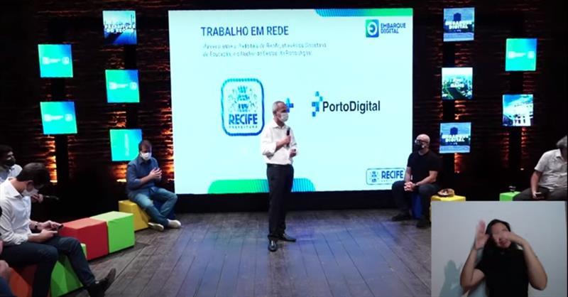Prefeitura do Recife e Porto Digital lançam programa para qualificar ex-alunos da rede pública e ocupar vagas em empresas de tecnologia